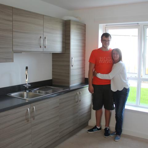 Image of Stuart Bowler and his mum. First Time Buyer at Kings View with Help To Buy
